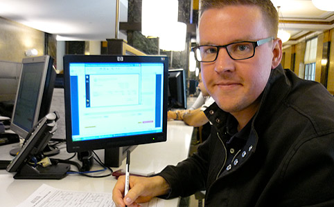 Göran på City Clerks Office i New York