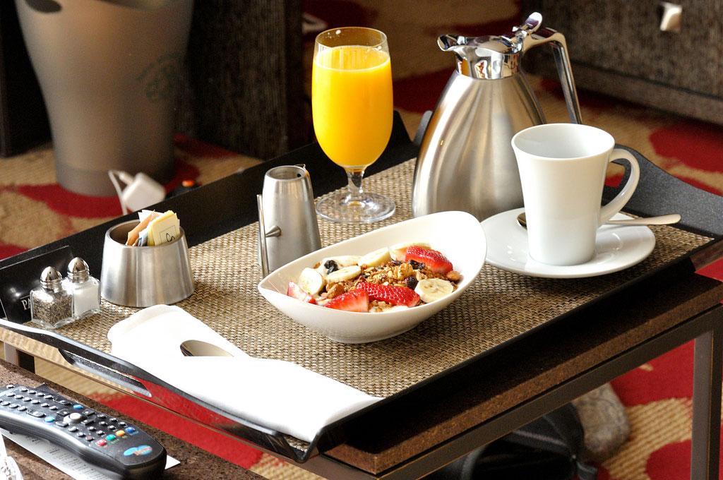 Hotellfrukost room service (Foto: Flickr/Will Merydith)