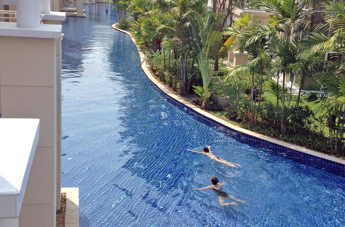 Så lång är Thailands längsta pool